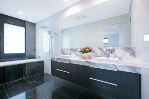 UrbanKitchensJoinery_Tarragindi-Bathroom5